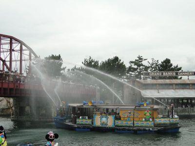 2010081702